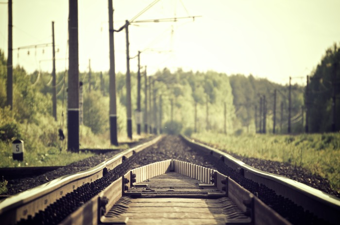 railroad-tracks-336532