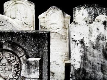 gravestones-1214697