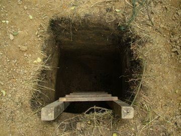 hole-1307754
