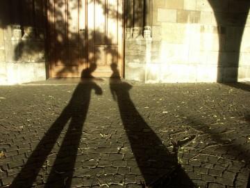 shadows-1-1546185-1